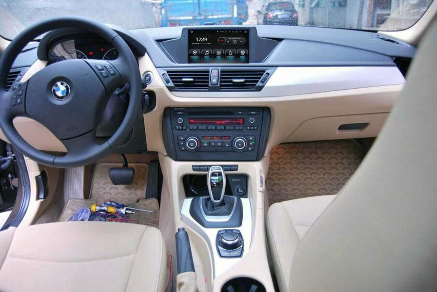 aftermarket navigation installed on bmw x1 e84