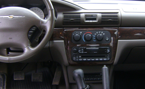 chrysler 300 stock radio