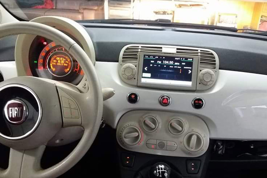 fiat 500 autoradio gps navigation head unit. Black Bedroom Furniture Sets. Home Design Ideas